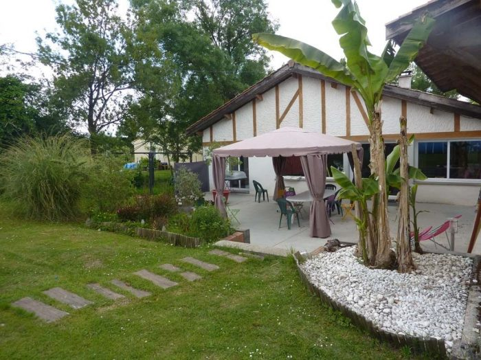 photo de Maison à vendre Saint-Romain-la-Virvée