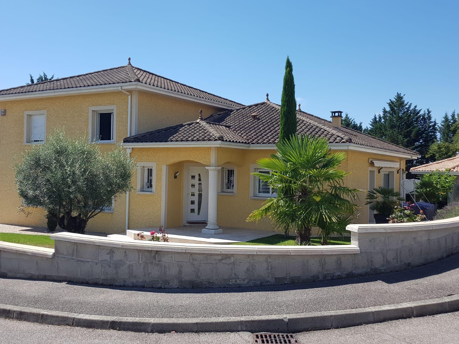 170 m² 5 pièces Maison