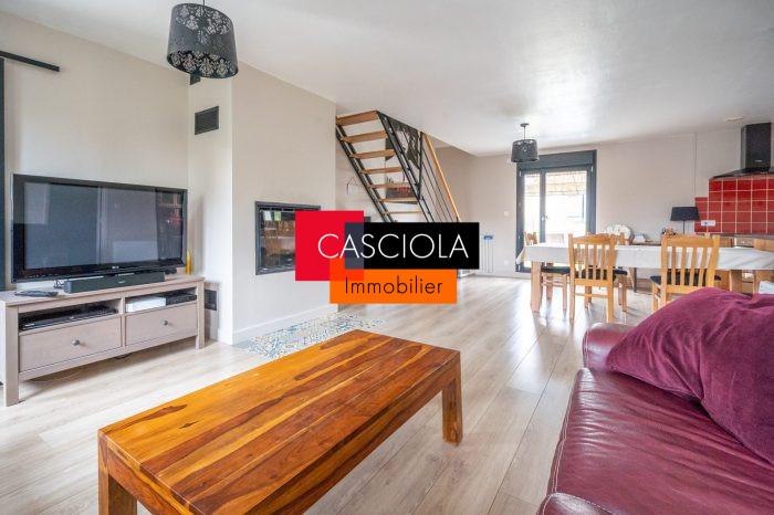Magny Maison Plain Pied A Deux Pas Des Ecoles Immobiliere Casciola Marly