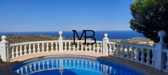Ref:V00372DM-DOMUSMORAIRA Villa For Sale in Cumbre del Sol