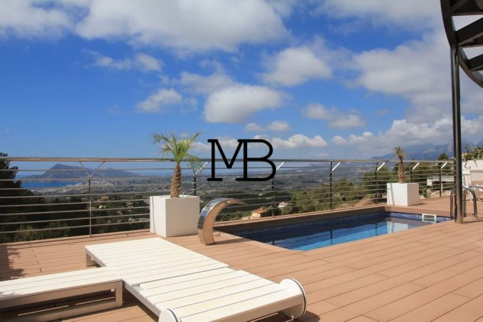 Ref:V00403DM-DOMUSMORAIRA Villa For Sale in Altea