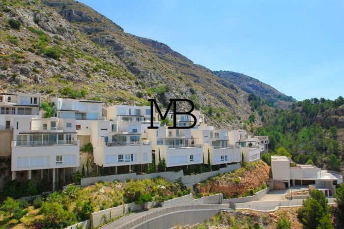 Ref:V00402DM-DOMUSMORAIRA Villa For Sale in Altea