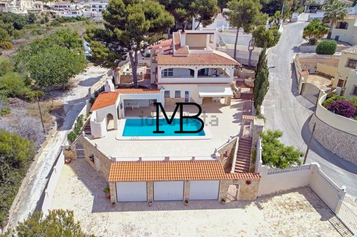 Ref:V00446DM-DOMUSMORAIRA Villa For Sale in Moraira