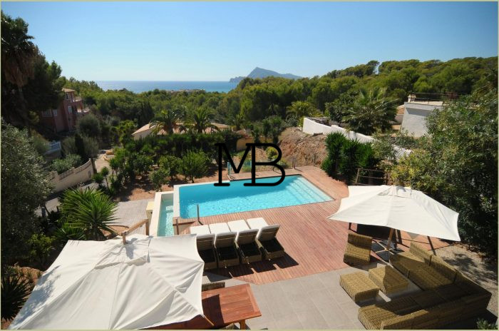 Ref:V00528DM-DOMUSMORAIRA Villa For Sale in Altea