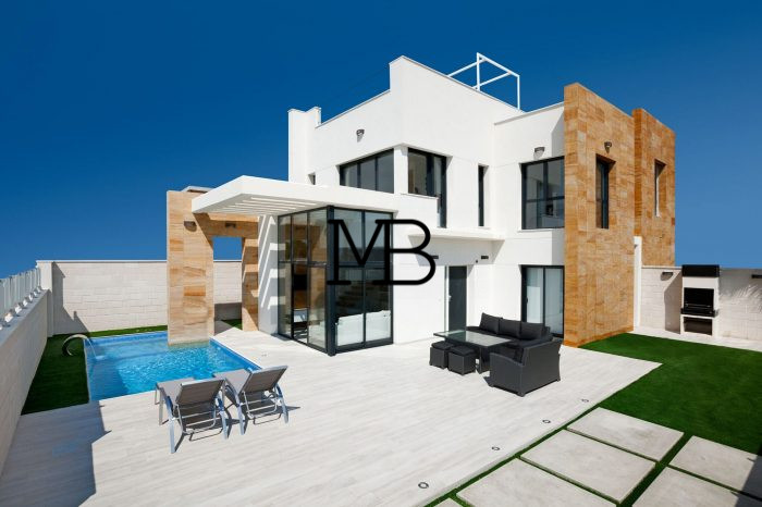 Ref:V00571DM-DOMUSMORAIRA Villa For Sale in Orihuela Costa