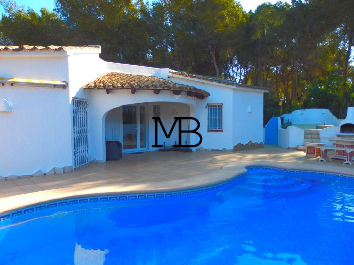 Ref:V00585DM-DOMUSMORAIRA Villa For Sale in Moraira