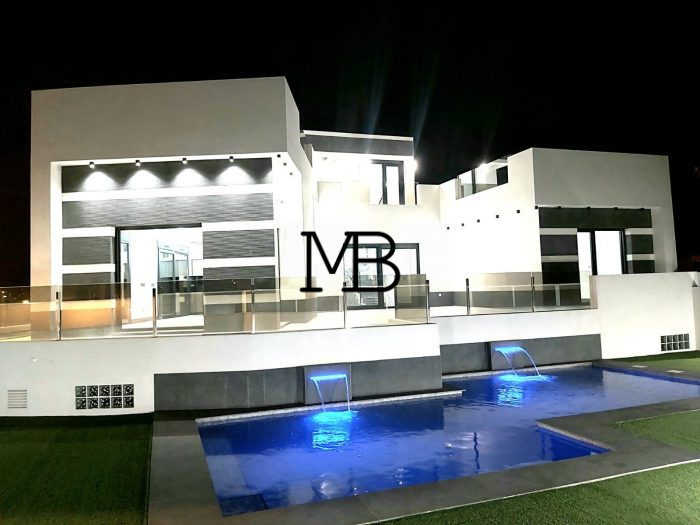 Ref:V00591DM-DOMUSMORAIRA Villa For Sale in Rojales