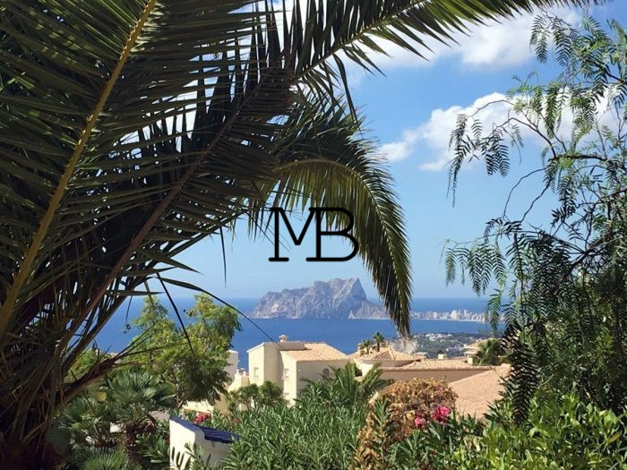 Ref:V00613DM-DOMUSMORAIRA Villa For Sale in Cumbre del sol