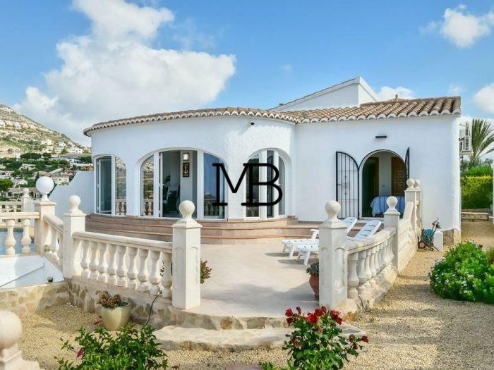 Ref:V00628DM-DOMUSMORAIRA Villa For Sale in cumbre del sol