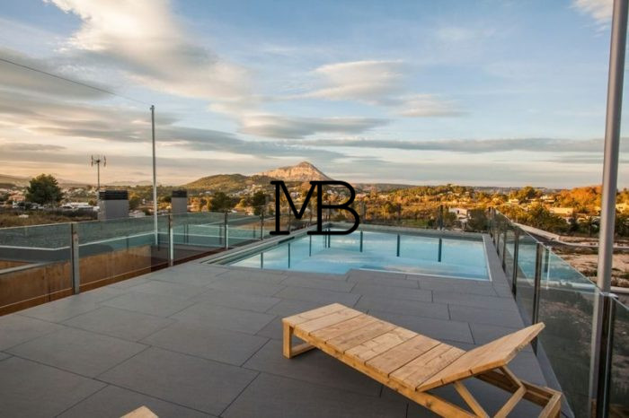 Ref:V00656DM-DOMUSMORAIRA Villa For Sale in Javea