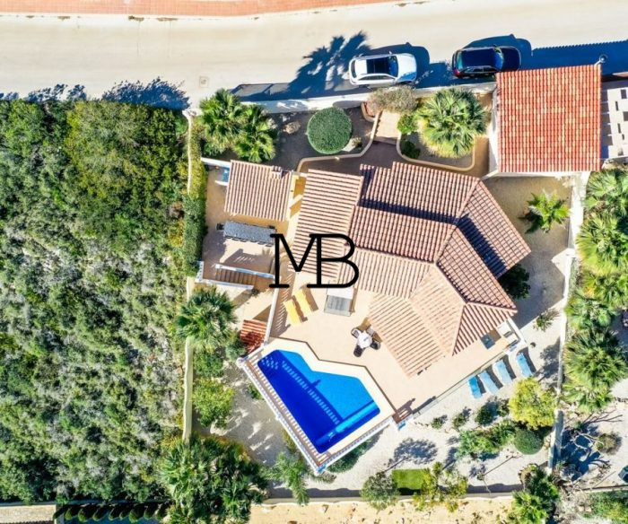 Ref:V00681DM-DOMUSMORAIRA Villa For Sale in Cumbre del sol
