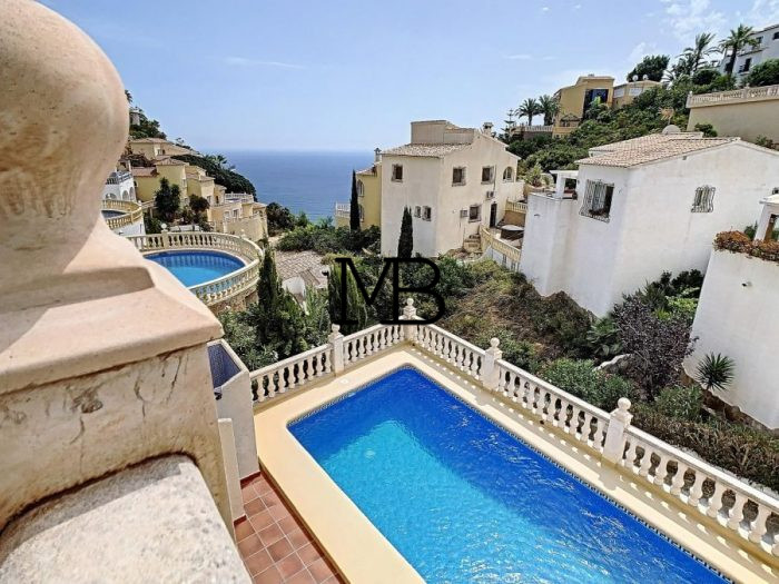 Ref:V00686DM-DOMUSMORAIRA Villa For Sale in Cumbre del sol