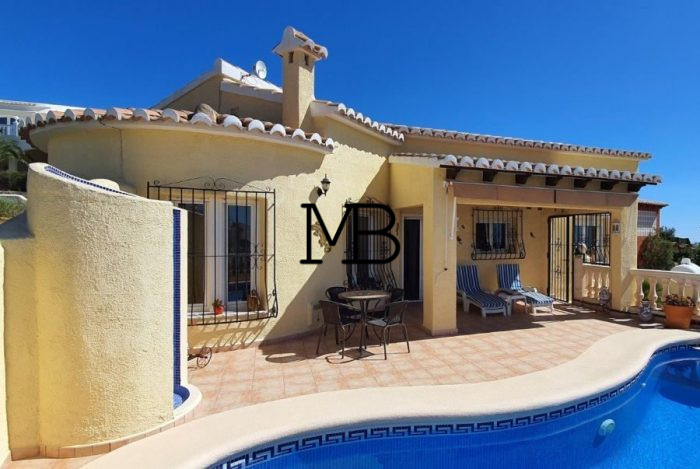 Ref:V00694DM-DOMUSMORAIRA Villa For Sale in Cumbre del sol
