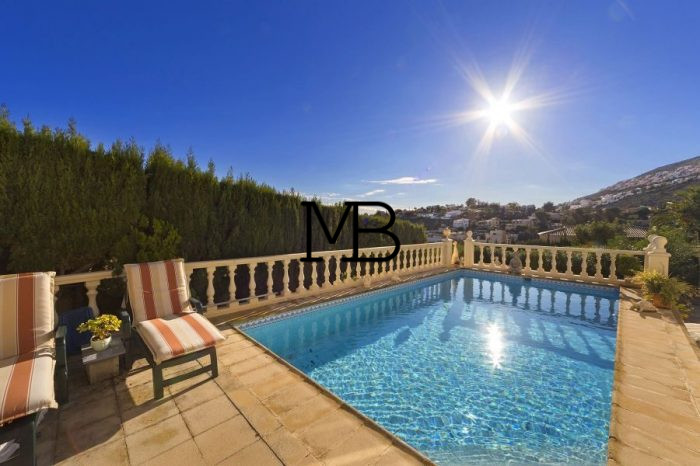 Ref:V00696DM-DOMUSMORAIRA Villa For Sale in Benitachell