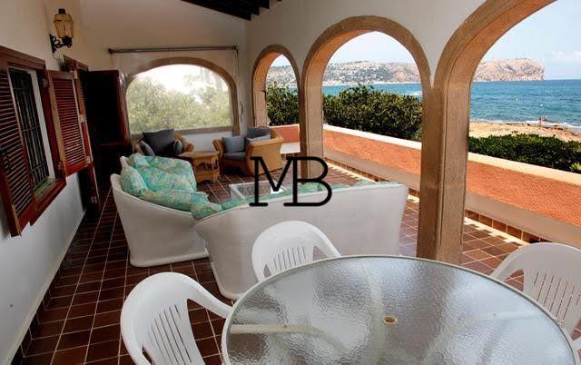 Ref:V00297DM-DOMUSMORAIRA Villa For Sale in Javea Espagne