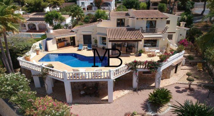 Ref:V00281DM-DOMUSMORAIRA Villa For Sale in Moraira