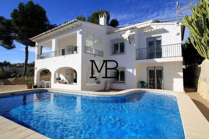 Ref:V00318DM-DOMUSMORAIRA Villa For Sale in Moraira