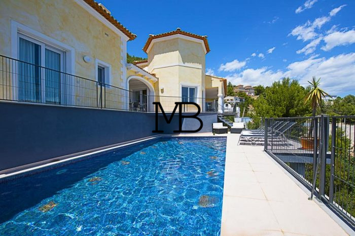 Ref:V00319DM-DOMUSMORAIRA Villa For Sale in Calpe