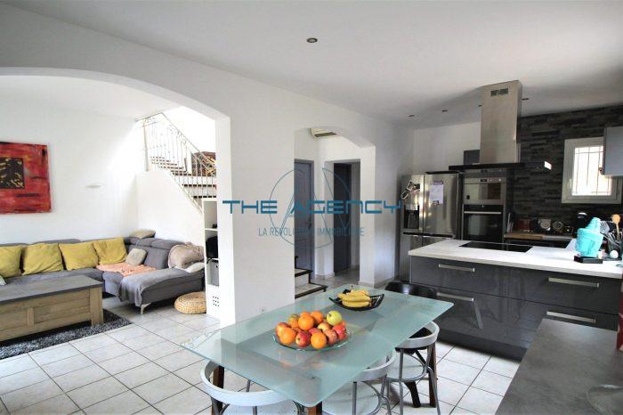 A Vendre Maison Individuelle 3 Pieces Situee A Marseille 13009