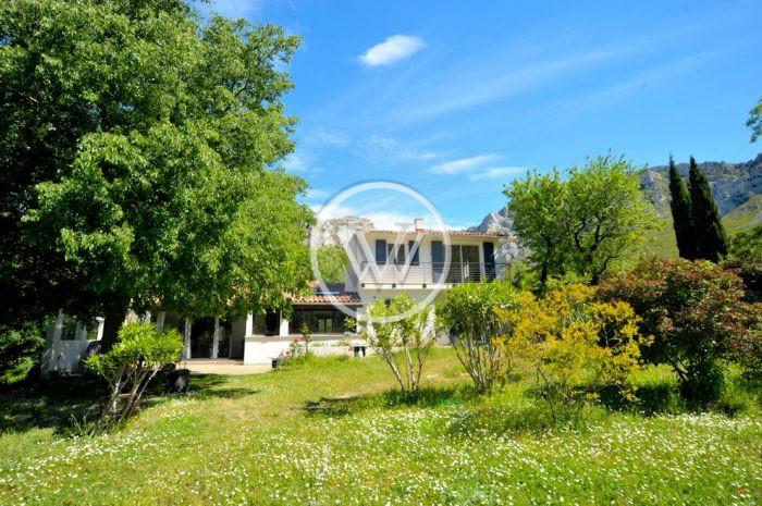 photo de Vaufrège Villa 165m2 Rénové sur pracelle 2150m2