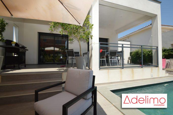Villa recente moderne 3 chambres piscine de tres belles prestations aimargues 30470 for Villa tres moderne