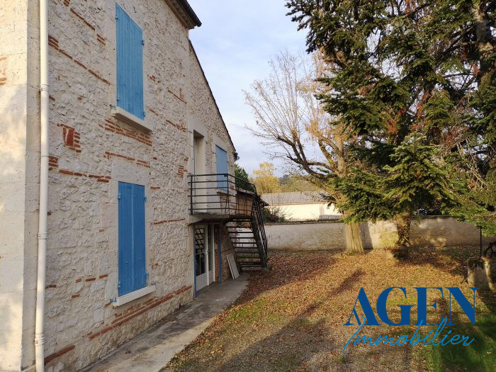 Location annuelle Bureau/Local AGEN 47000 Lot et Garonne FRANCE