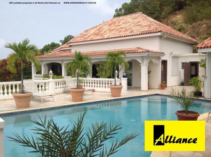 vente maison 7 pièces Saint-Martin 97150