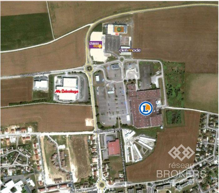 Location annuelleBureau/LocalMIGENNES89400YonneFRANCE