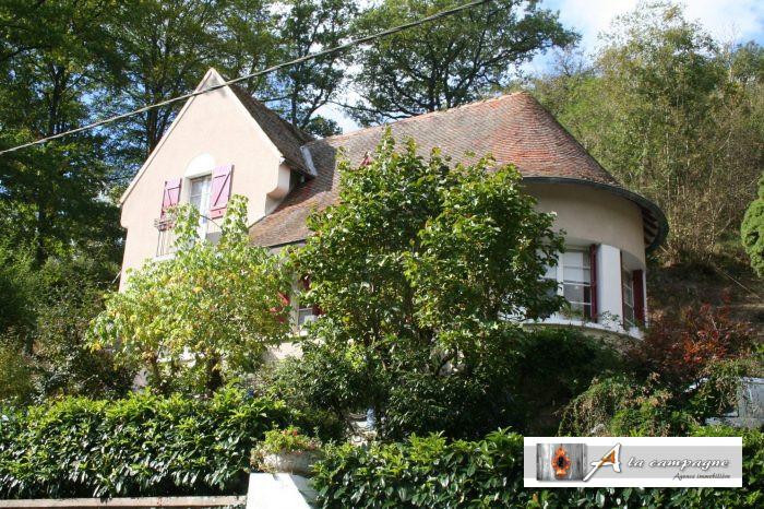 Belle et ancienne maison au bord des Georges de la Sioule - A la ...