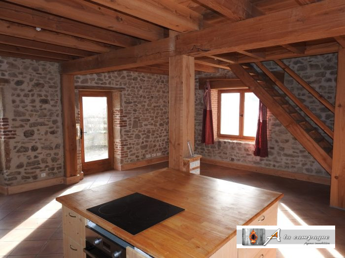 Maison Ancienne Sainte Christine 130 M²