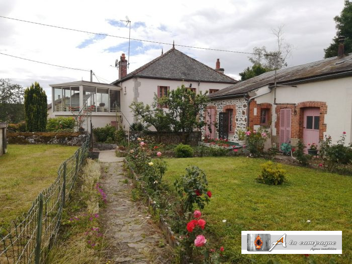 Village house with garden looking for a new owner!