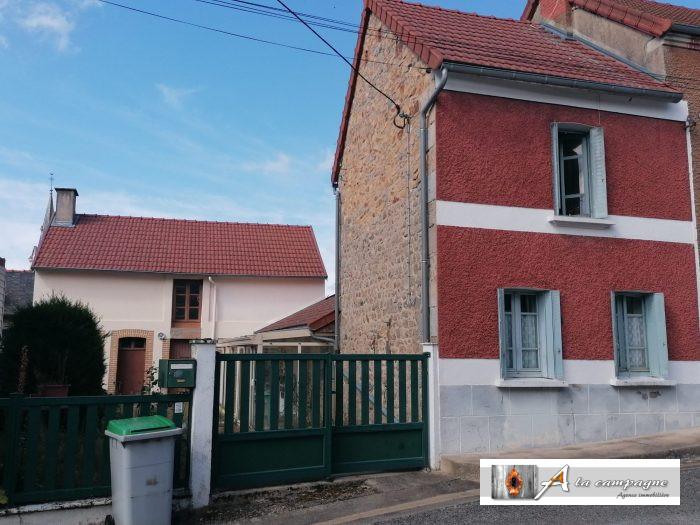 Charming little village house immediately habitable