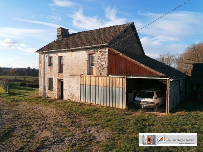 Authentic little farmhouse, with traditional stone construction