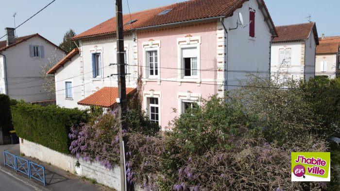 VenteMaison/VillaRUELLE-SUR-TOUVRE16600CharenteFRANCE