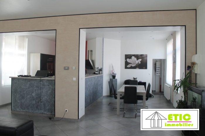 8 pièces 240 m² Maison
