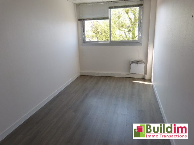 0 pièces   Immobilier Pro 577 m²