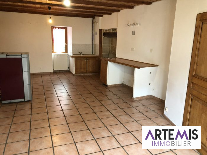 Location annuelle Appartement ORNANS 25290 Doubs FRANCE