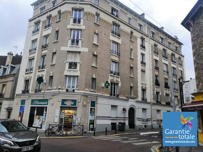 Location annuelle Appartement MONTREUIL 93100 Seine Saint Denis FRANCE