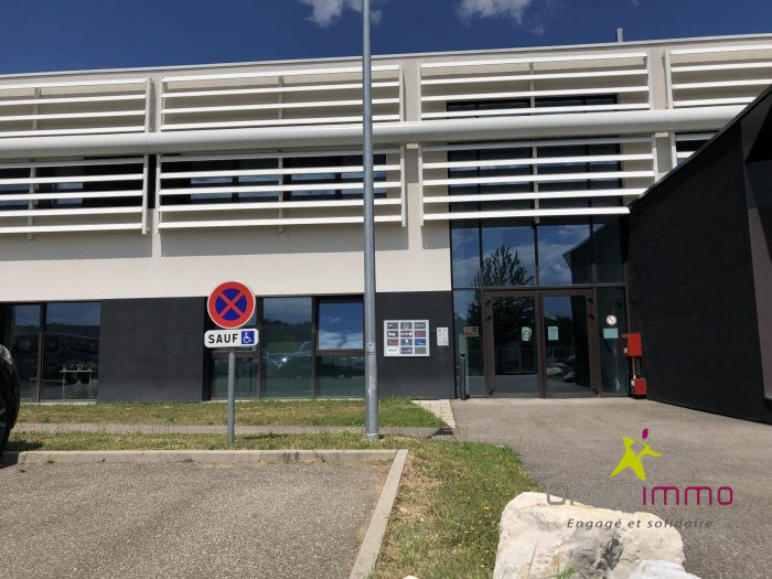 Location annuelleBureau/LocalMOMMENHEIM67670Bas RhinFRANCE