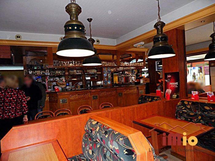 Brasserie le bureau valenciennes larc de triomphe bar
