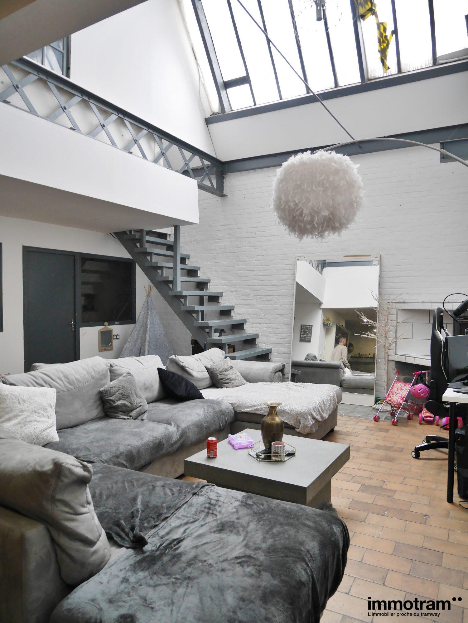 624 m²  Immeuble   pièces
