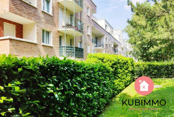 3 pièces Appartement Élancourt   61 m²