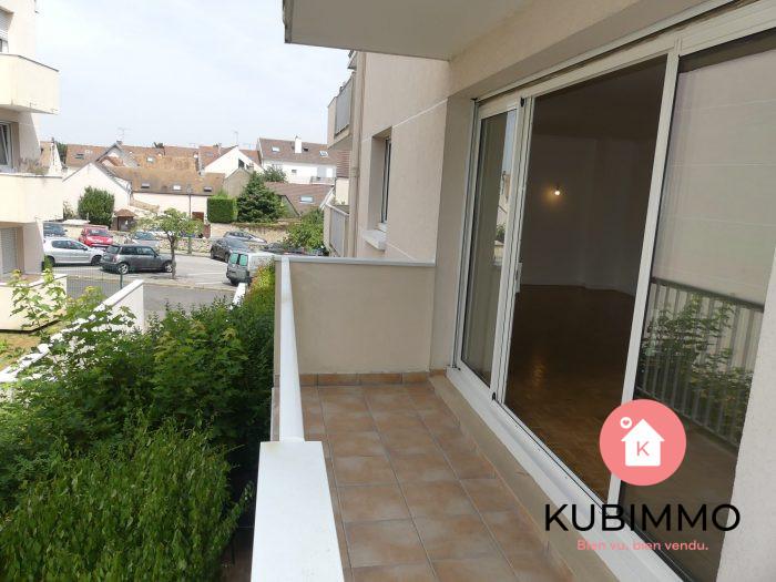 89 m² 4 pièces  Orgeval  Appartement
