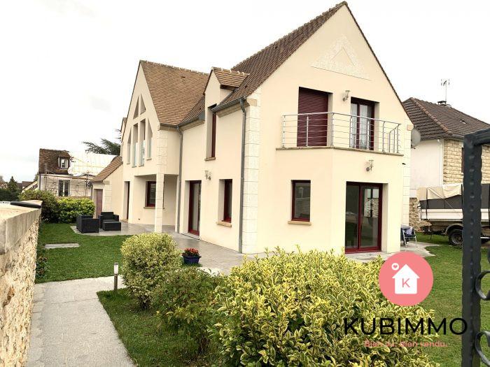 200 m² 8 pièces  Orgeval  Maison