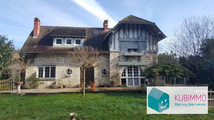 Maison 155 m²  Neauphle-le-Château  5 pièces