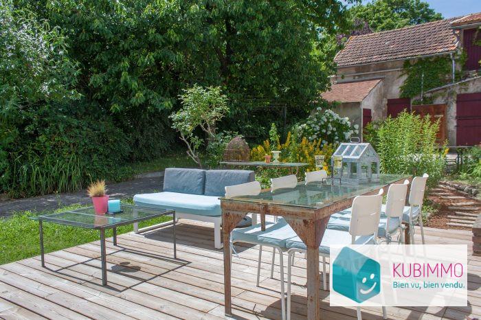 Maison 220 m² Saint-Germain-de-la-Grange  10 pièces