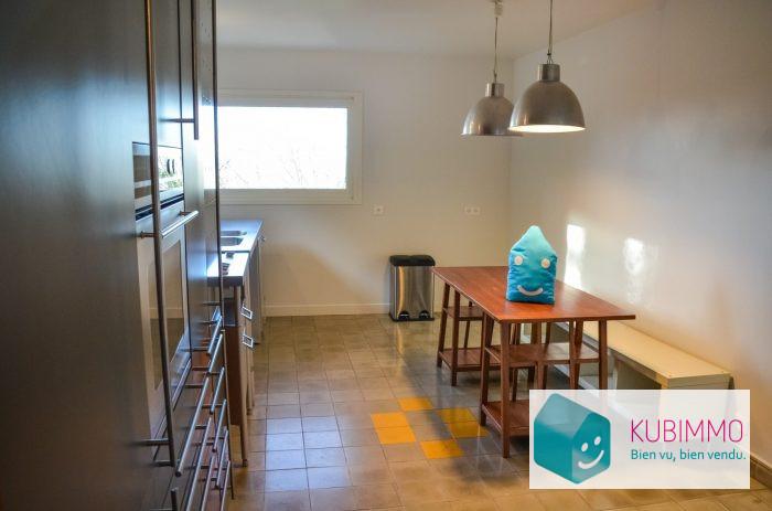 234 m²   7 pièces Maison