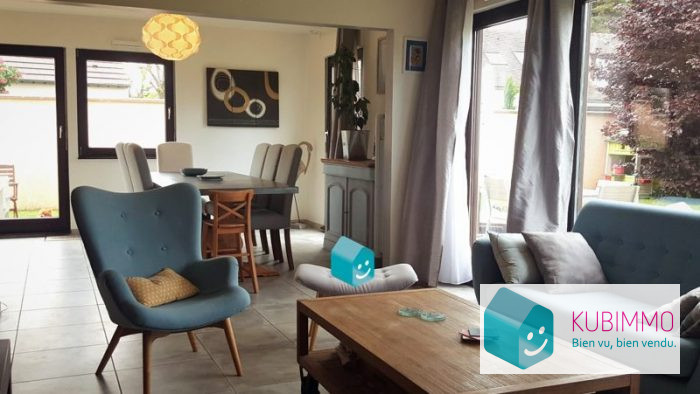 Maison 8 pièces Neauphle-le-Château   220 m²