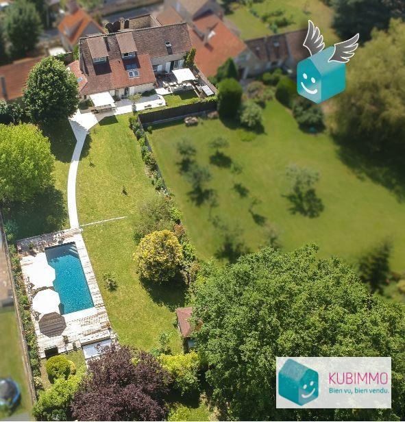 249 m² Maison Montfort-l'Amaury  7 pièces