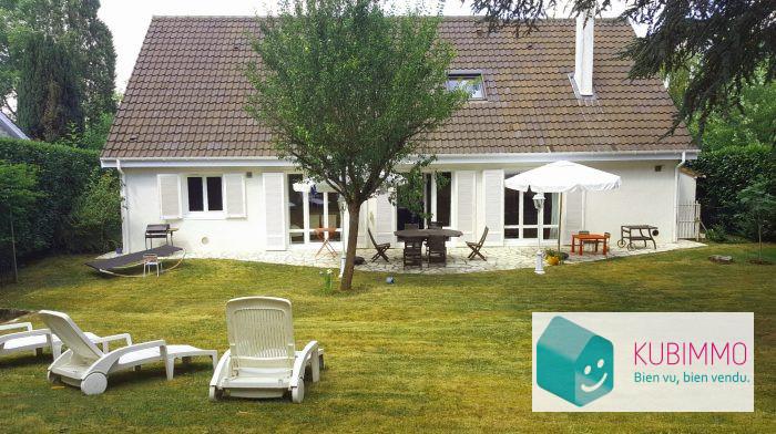 Maison Plaisir   8 pièces 188 m²